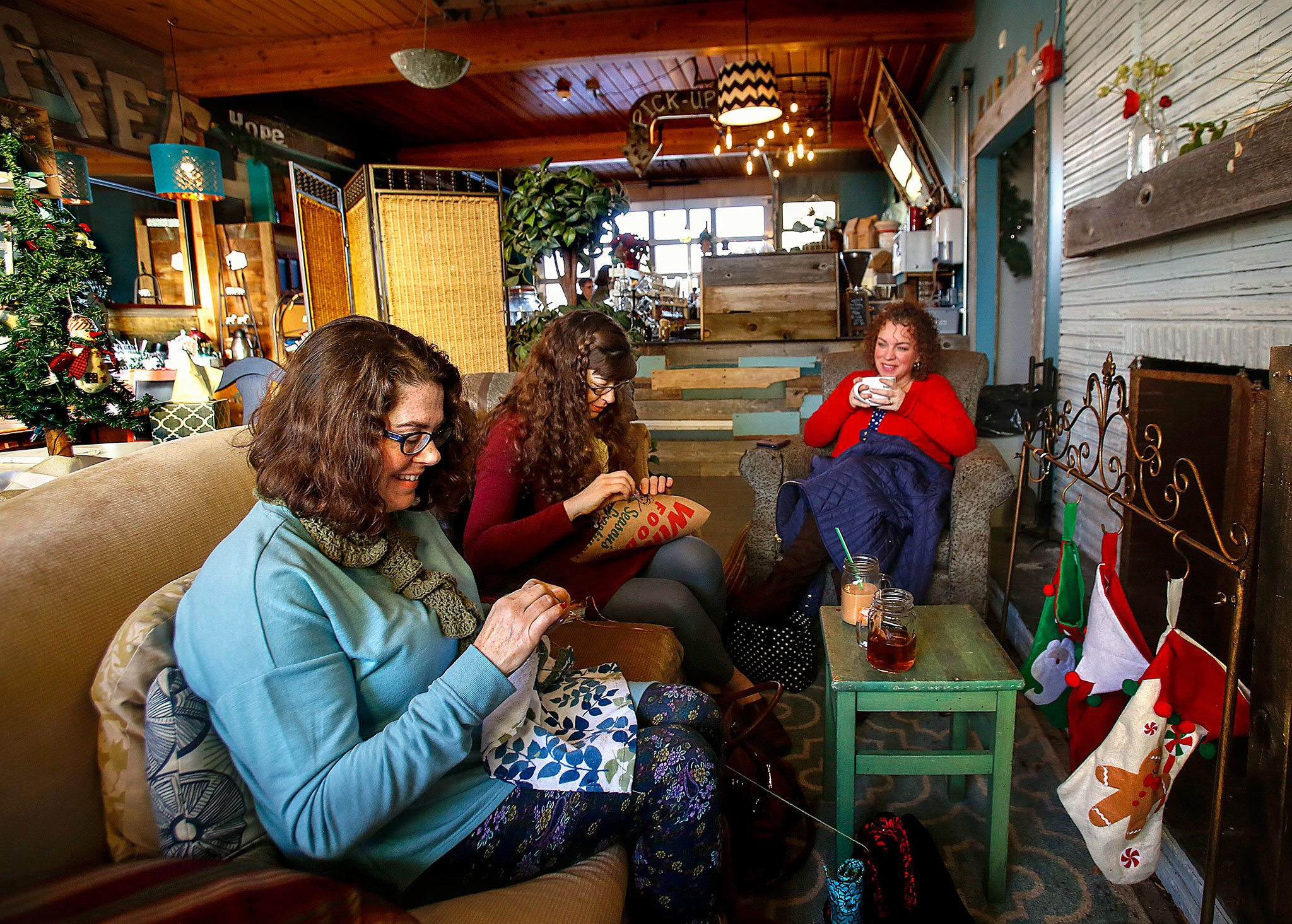 Living Room Church welcome to the living room Marysville Church Runs Coffee Shop As Community Gathering Space Heraldnetcom