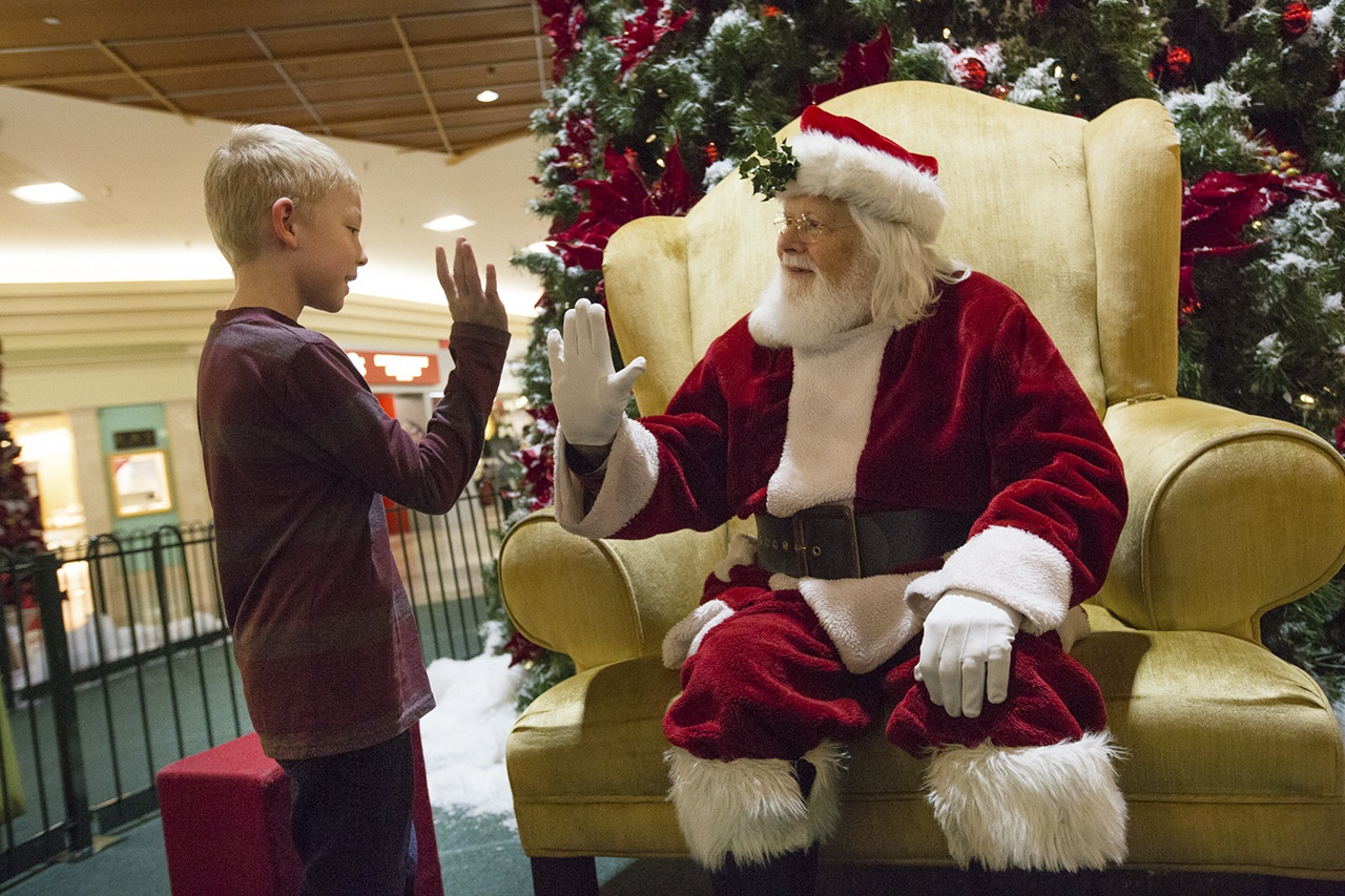 facts about santa claus: Shopping mall santas