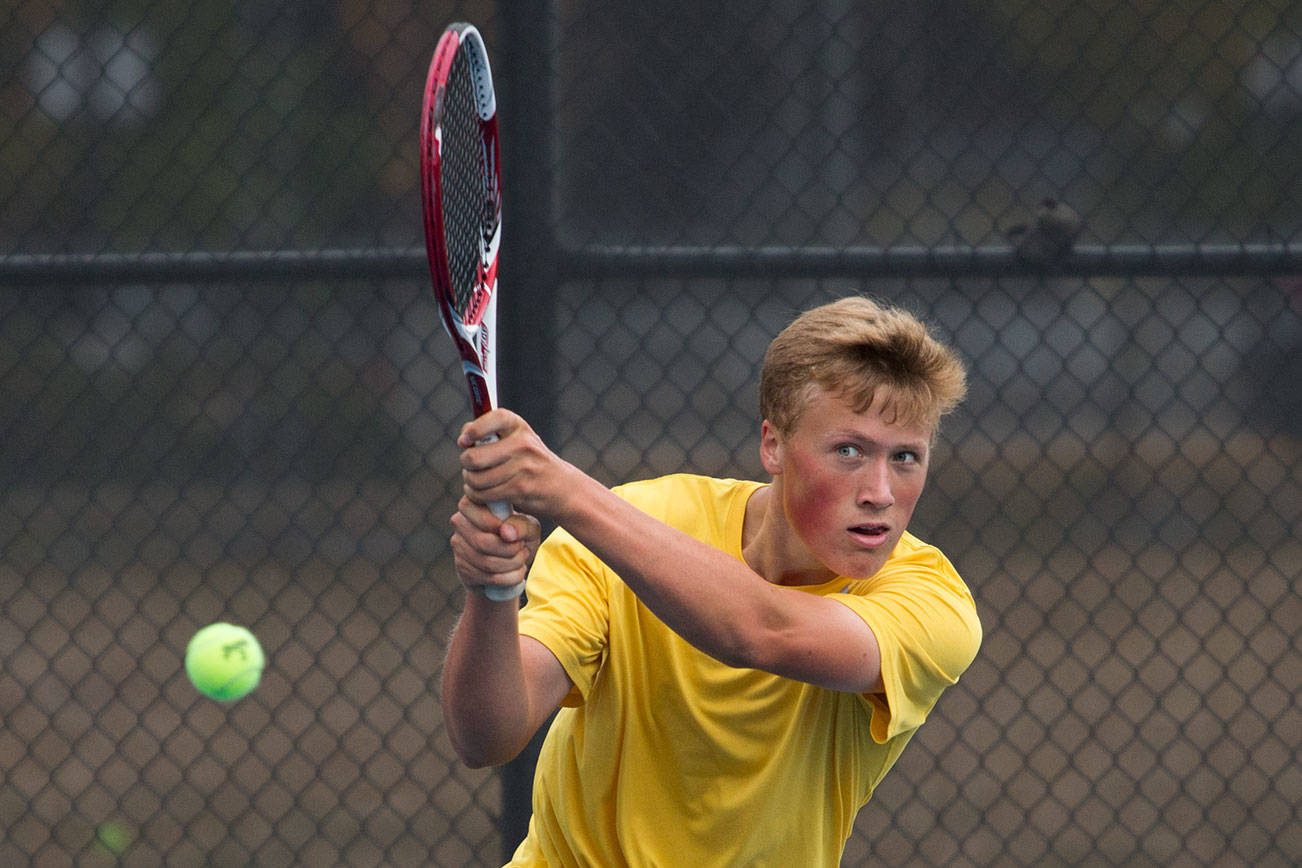 Shorewood senior has tennis success by being aggressive