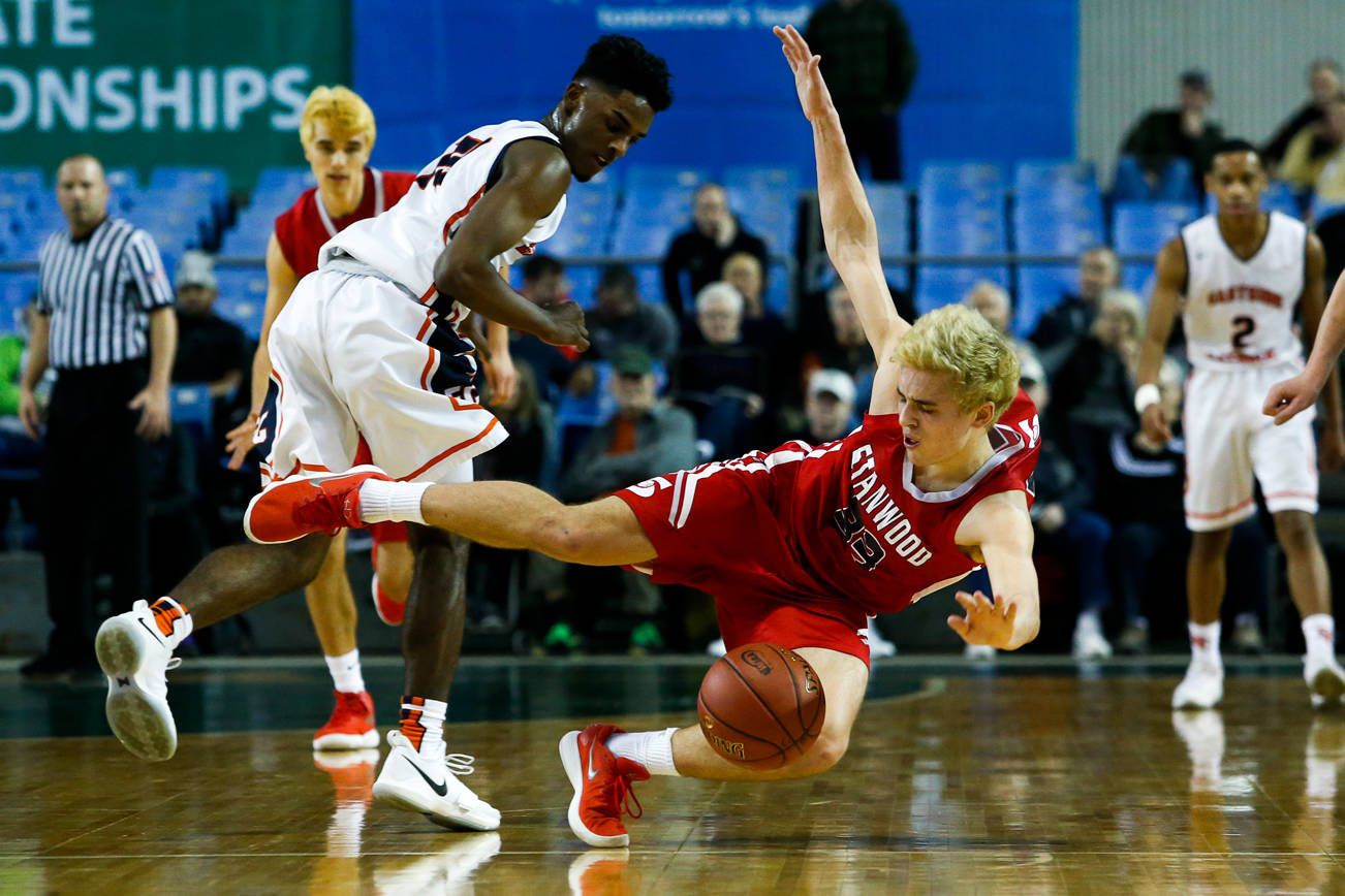 Stanwood boys eliminated from 3A Hardwood Classic