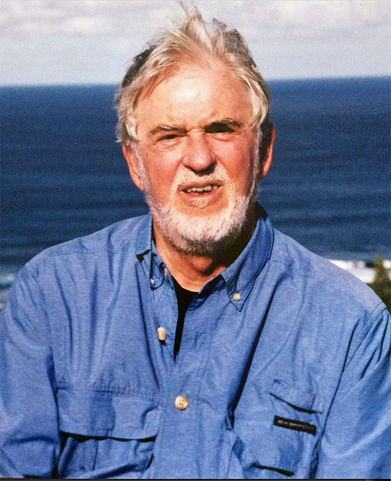 William Prochnau, an Everett native, one-time Everett Herald reporter, and renowned journalist and author, died March 28 at age 80. (Courtesy Laura Parker)