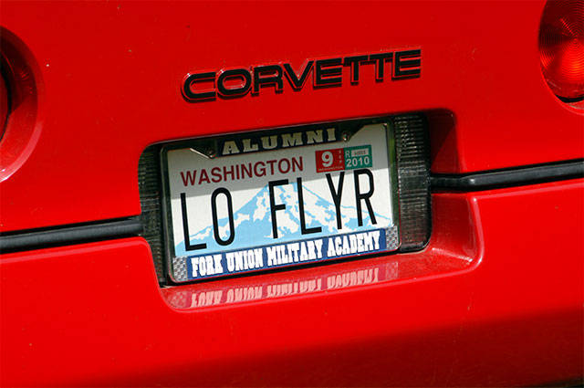 Tom Green, of Lake Stevens, blended his racing and flying with this personalized license plate. (Contributed photo)