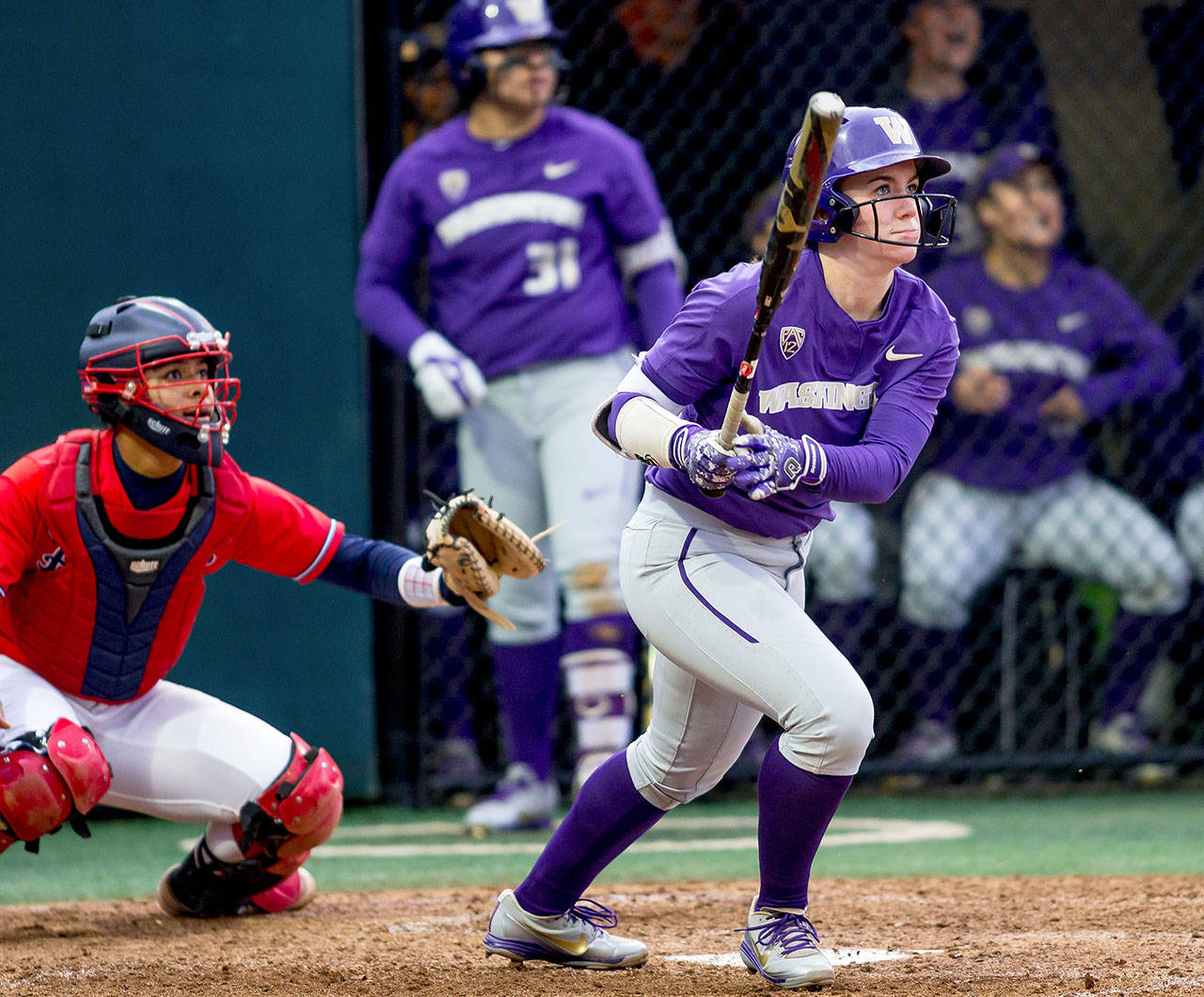 Meadowdale grad contributing to the success of top-ranked UW