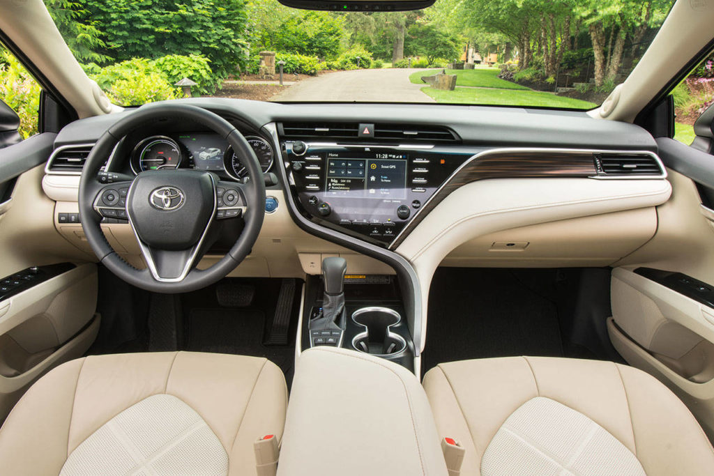 Inside the 2018 Toyota Camry Hybrid, the Entune 3.0 system includes navigation and app suite connection for all occupants. (Manufacturer photo)