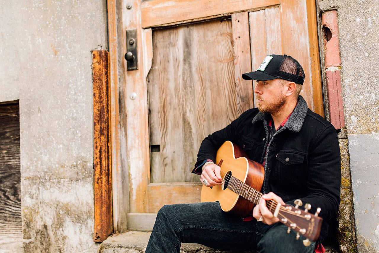 Country singer Aaron Crawford, a Snohomish High School graduate, is scheduled to perform Thursday at the launch of a series of outdoor movies in Snohomish.