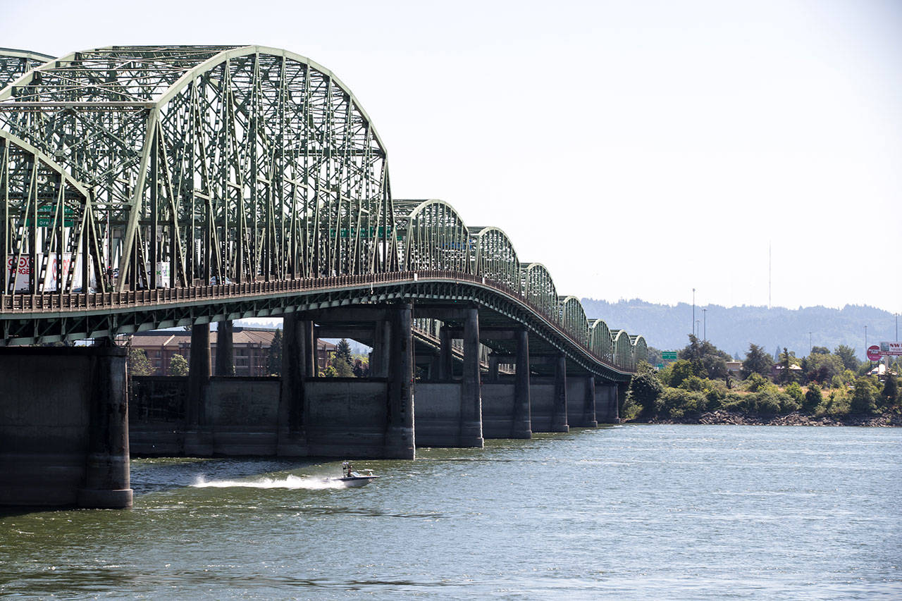 Oregon House Speaker spurs talks on Washington-Oregon bridge