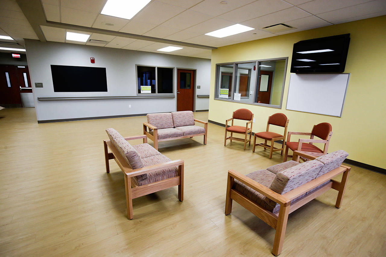 One of the areas for patients to meet in groups, hang out or watch TV at Smokey Point Behavioral Hospital in Marysville. (Andy Bronson / The Herald)