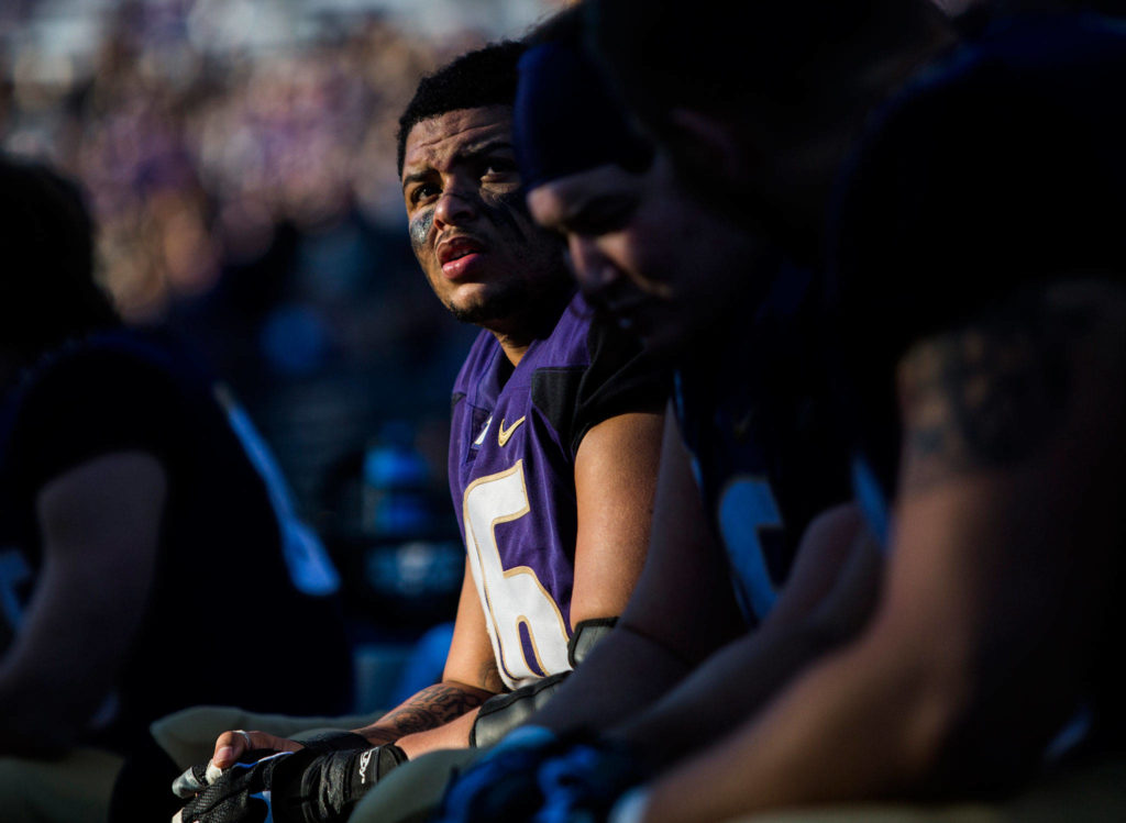 Washington's Nick Harris looks up at the score during the game against Oregon State on Saturday, Nov. 17, 2018 in Seattle, Wa. (Olivia Vanni / The Herald)