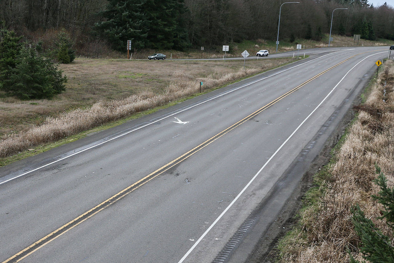 Looking west from the Highway 9 overpass over U.S. 2 on Tuesday afternoon in Snohomish. Median work is scheduled this year. (Kevin Clark / The Herald)