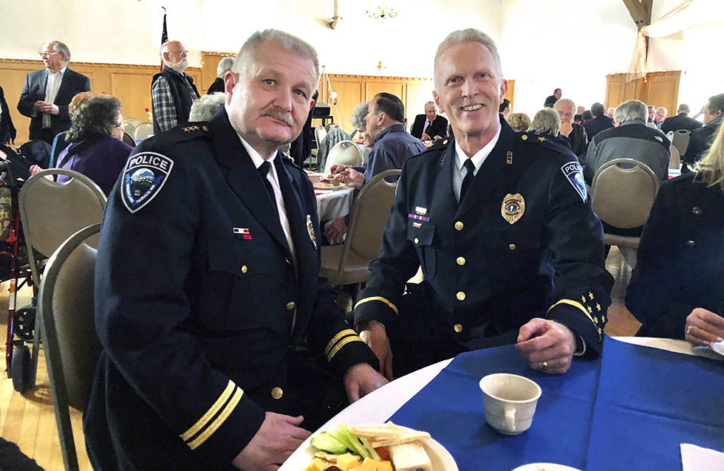 Mountlake Terrace Police Chief Pete Caw (left) and Cmdr. Doug Hansen. (Mountlake Terrace Police Department)