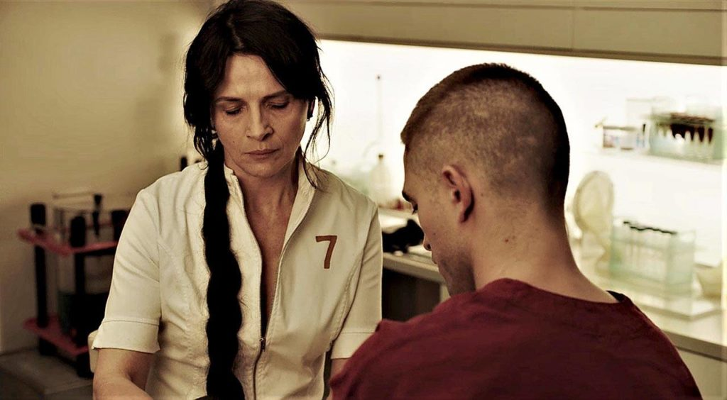Robert Pattinson plays an ex-con subjected to fertility experiments while in space with a sex researcher played by Juliette Binoche. (Alcatraz Films)