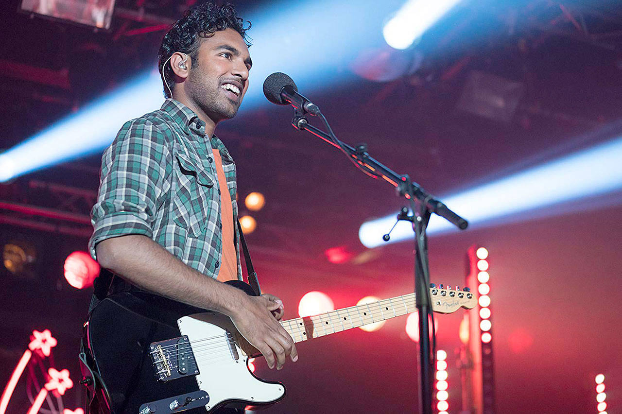 """Himesh Patel plays a singer-songwriter who enjoys a major career bump, thanks to the Beatles, in """"Yesterday."""" (Universal Pictures)"""
