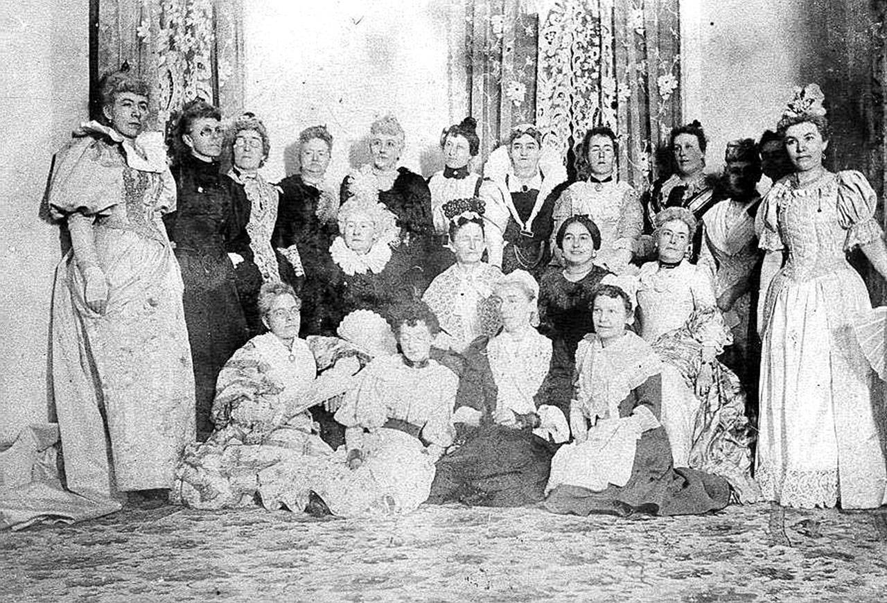 The Everett Woman's Book Club, a group that founded the city's library, in 1895. (Everett Public Library)