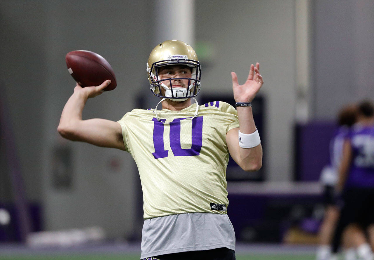 Washington's Jacob Eason, a Lake Stevens graduate, was named the Huskies' starting quarterback on Friday. (AP Photo/Elaine Thompson)