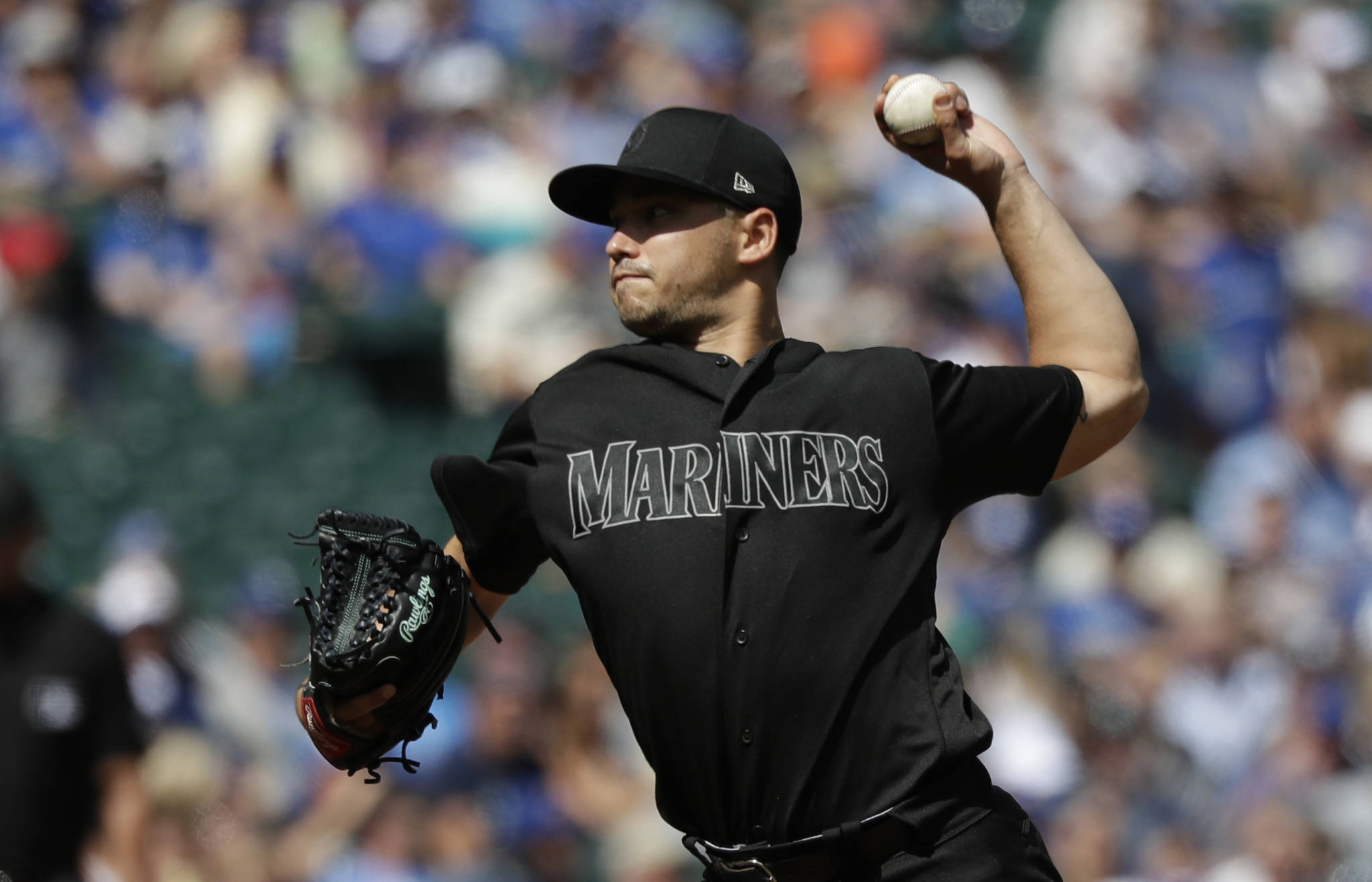 Seattle Mariners starting pitcher Marco Gonzales throws against the Toronto Blue Jays in the third inning of Sunday's game in Seattle. (AP Photo/Elaine Thompson)