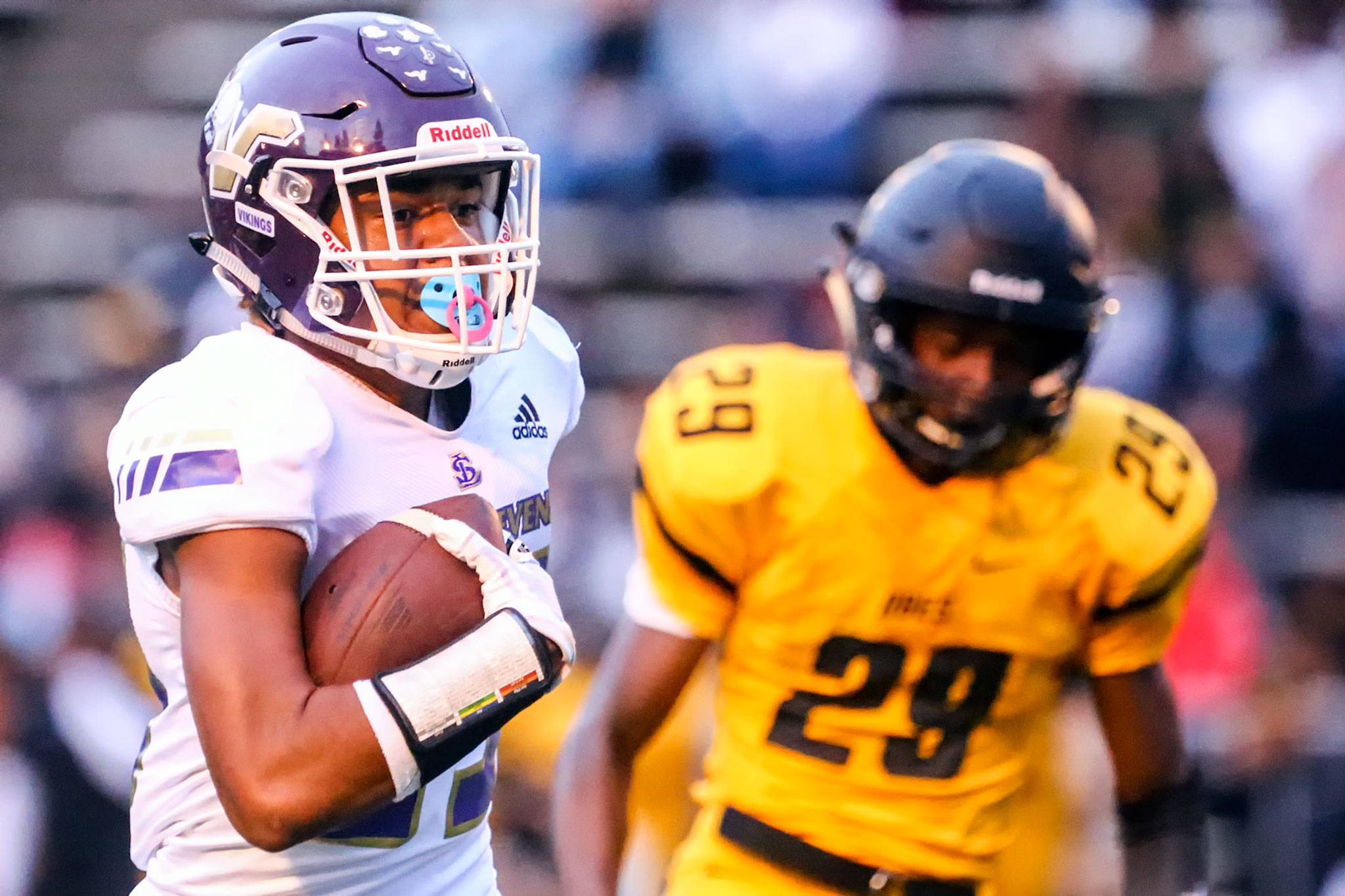 Kasen Kinchen (left) is the leading receiver for the Vikings' high-powered offense. (Kevin Clark / The Herald)