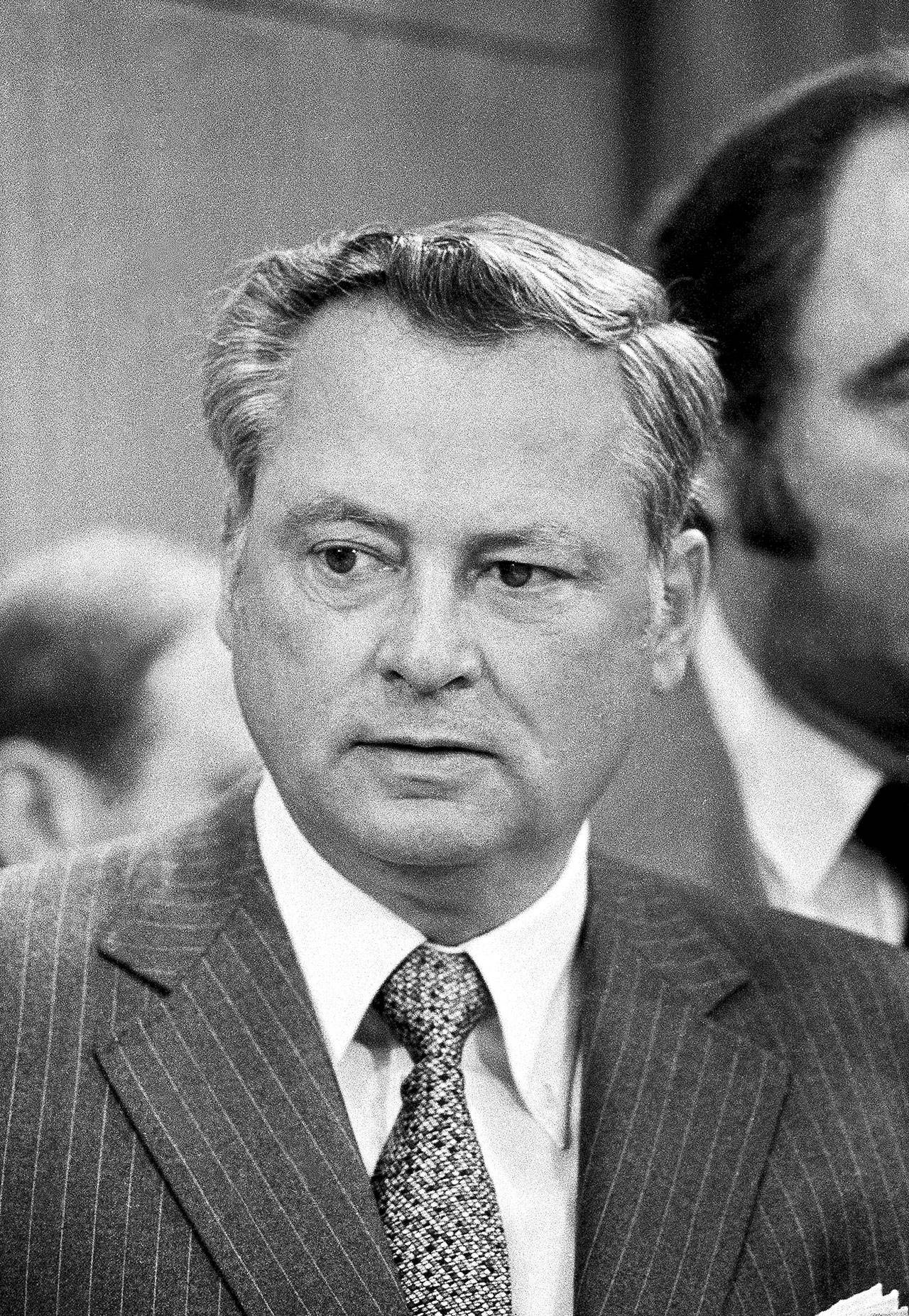 Barron Hilton, head of the Hilton Hotel chain, is shown in Chicago on May 20, 1980. Hilton, a hotel magnate who expanded his father's chain and became a founding owner in the American Football League, has died. Hilton's family says he died Thursday of natural causes at age 91 in his Los Angeles home. He transformed Hilton into the industry's top brand during his 30 years as its chief executive. (AP Photo/Charles E. Knoblock, File)