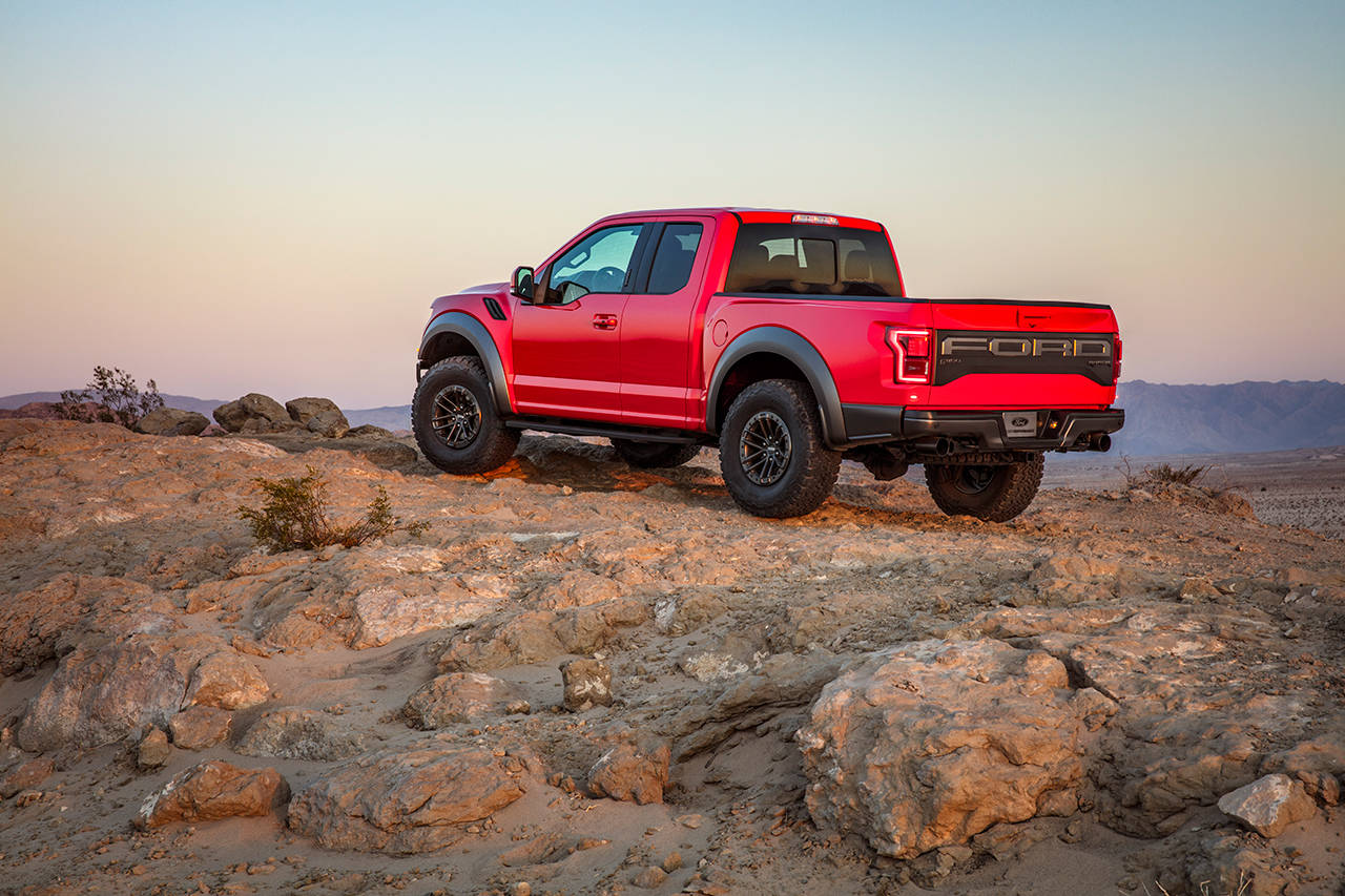 Drive The 2019 Ford F 150 Raptor And Want For Almost Nothing Heraldnet Com