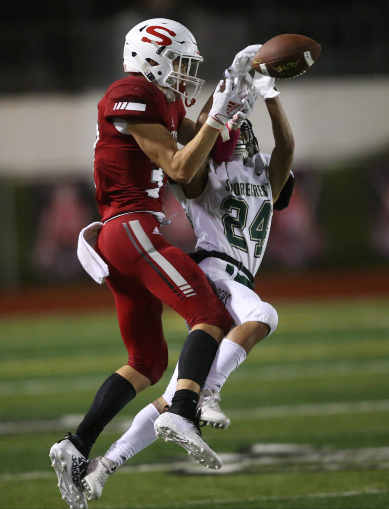 Shorecrest's Zane Morga-Baisac breaks up a pass intended for Snohomish's Jacob Brandvold. Shorecrest beat Snohomish 36-35 at Veterans Stadium at Snohomish High School on Friday, Oct. 4, 2019 in Snohomish, Wash. (Andy Bronson / The Herald)