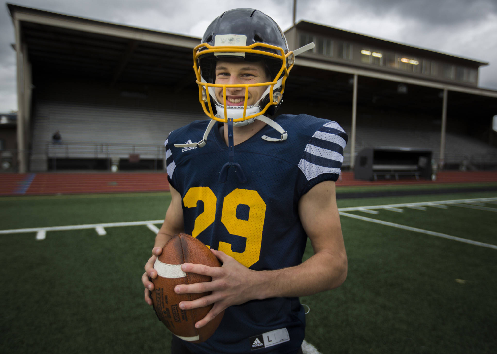 Quarterback Jackson Cole at Mariner High School on Thursday, Oct. 17, 2019 in Everett, Wash. (Olivia Vanni / The Herald)