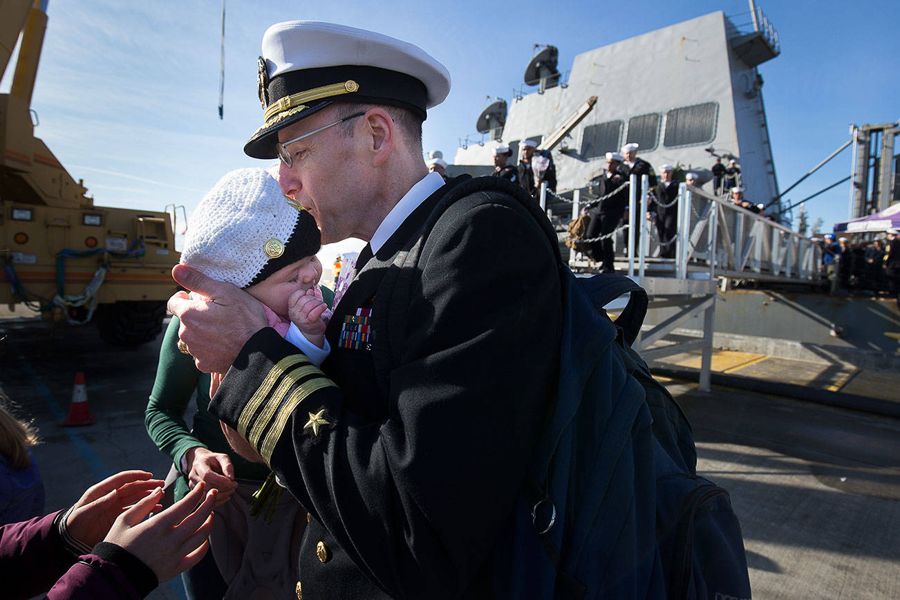After 6 months at sea, the USS Momsen comes home to Everett