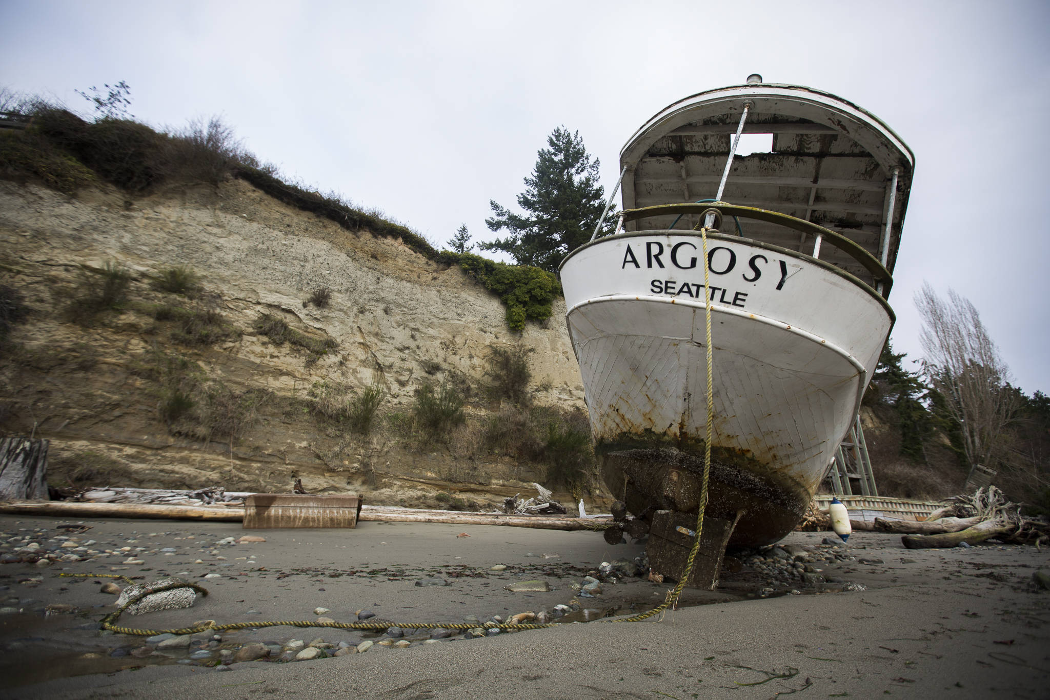 A loose rope hangs from the stern of the Argosy on Friday in Tulalip. (Olivia Vanni / The Herald)