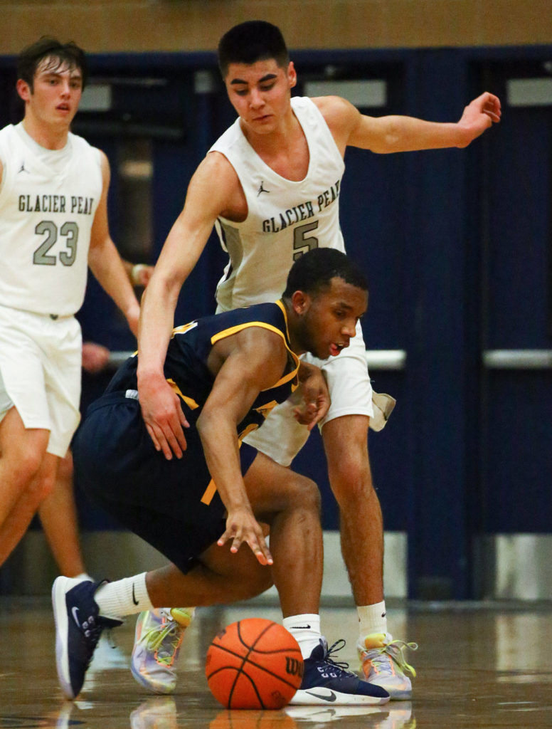 Glacier Peak defeated Mariner, 55-49, in a Wesco 4A boys basketball game Monday evening at Glacier Peak High School in Snohomish. (Kevin Clark / The Herald)