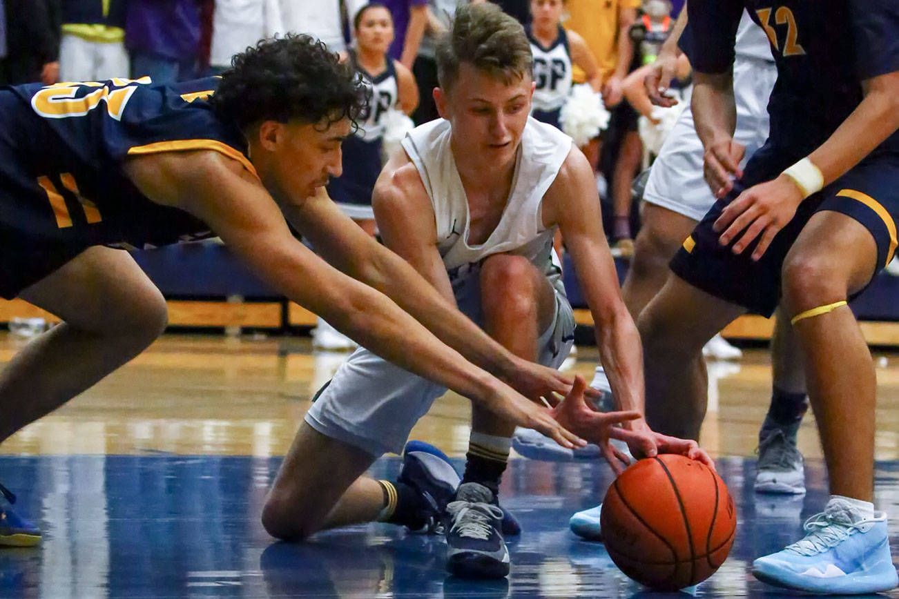Glacier Peak boys rally past Mariner in Wesco 4A showdown