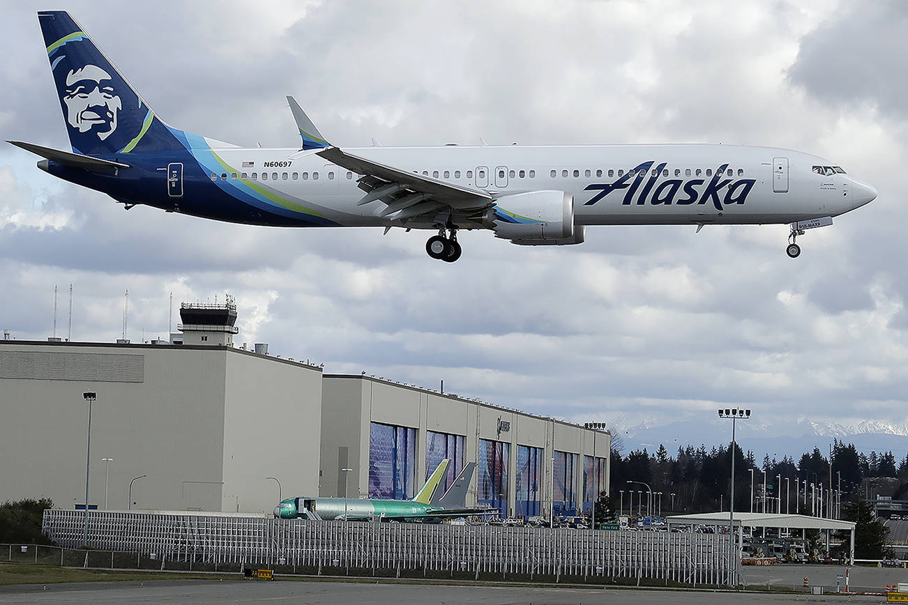 Alaska Airlines to require passengers to wear masks