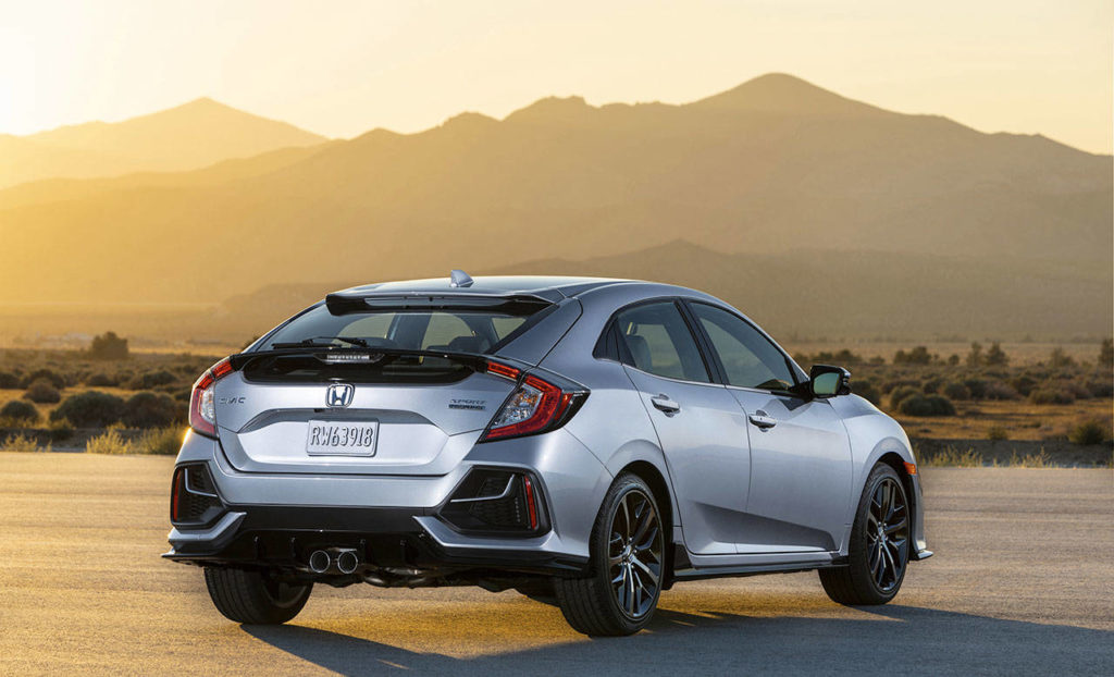 Exterior styling changes for the 2020 Honda Civic Hatchback include new wheels and redesigned rear lower bumper openings with a new body-color crossbar. (Manufacturer photo)