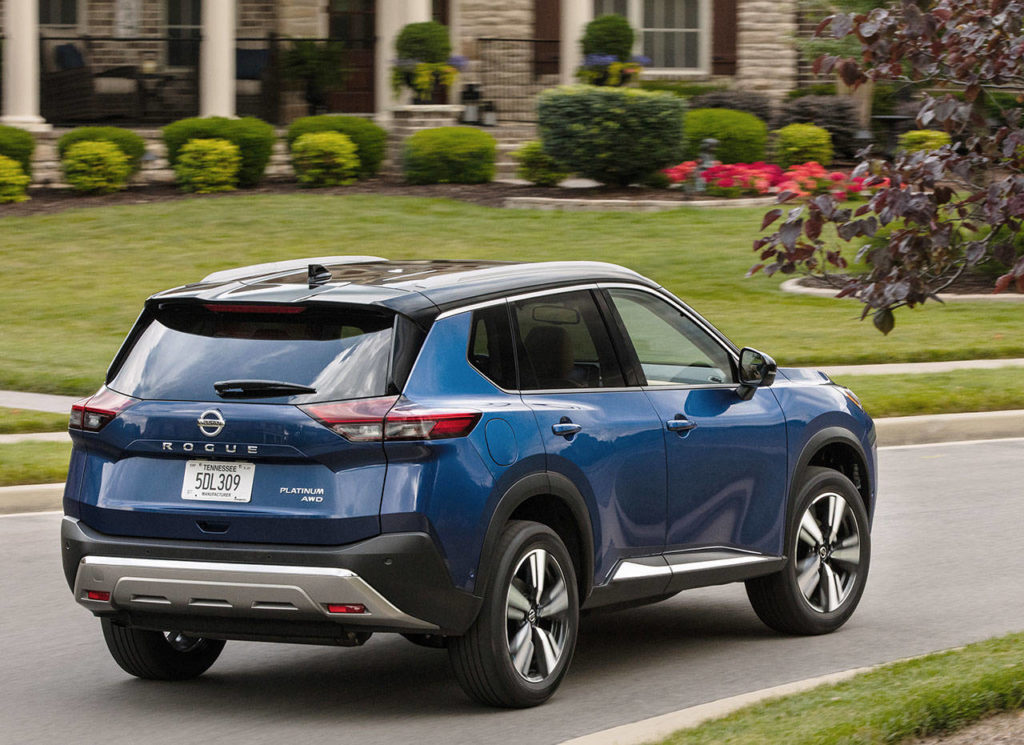 Riding on a new platform, the 2021 Nissan Rogue delivers a smoother ride and livelier driving dynamics than its predecessor. (Nissan)