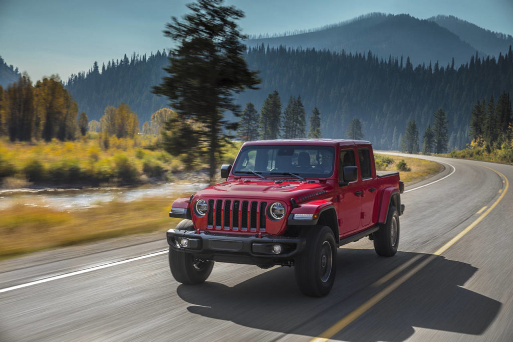 For 2021 the Jeep Gladiator pickup now has an optional 3.0-liter turbo diesel V6 engine. (Manufacturer photo)