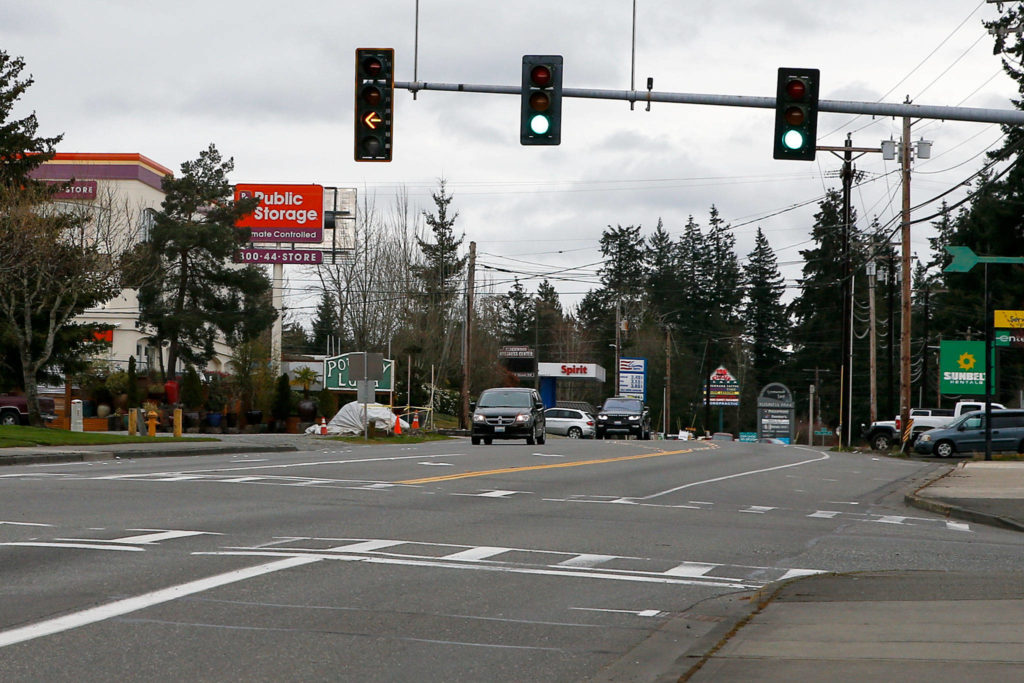 The state House transportation package proposes $15 million toward widening Highway 524 between 24th Avenue W in Lynnwood and Bothell city limits. (Kevin Clark / The Herald)