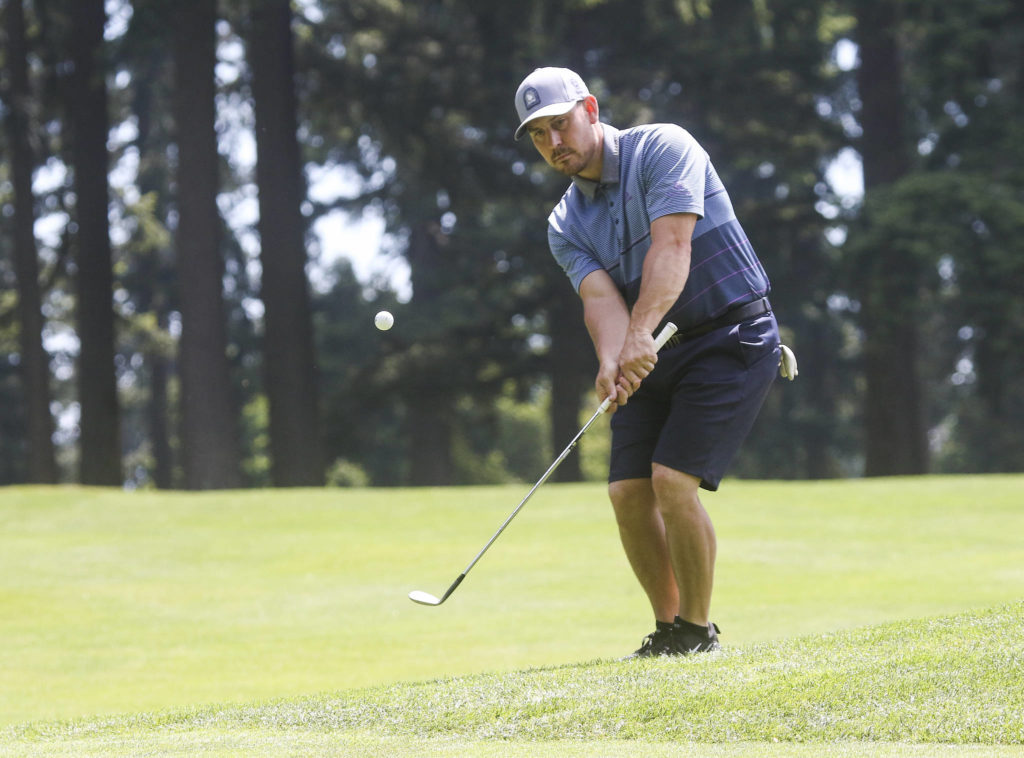 Dominic VanDaveer tees off during the final round of the Snohomish County Amateur golf tournament held at the Everett Golf & Country Club on Monday, May 31, 2021 in Everett, Washington. (Andy Bronson / The Herald)