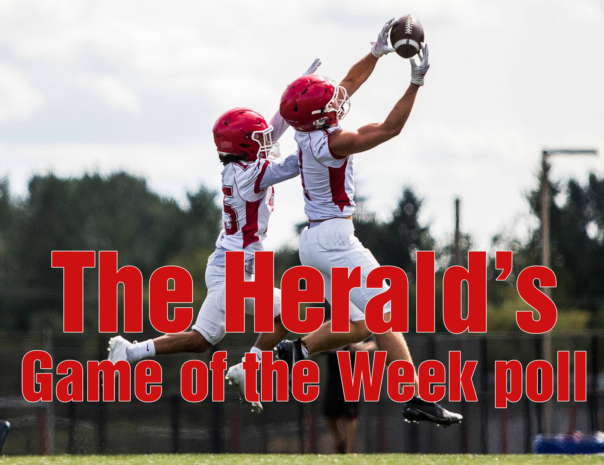 Marysville-Pilchuck's Darren Johnson-Jones, left, tries to block a pass to Miguel Chavez, right, during football practice on Thursday, Aug. 19, 2021 in Marysville, Wash. (Olivia Vanni / The Herald)